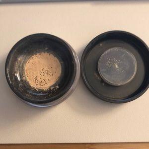 tarte Makeup - Tarte Amazonian Clay Foundation in Fair Light Neu.